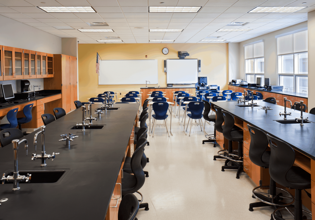 delric-construction-speedway-school-lab-back-room